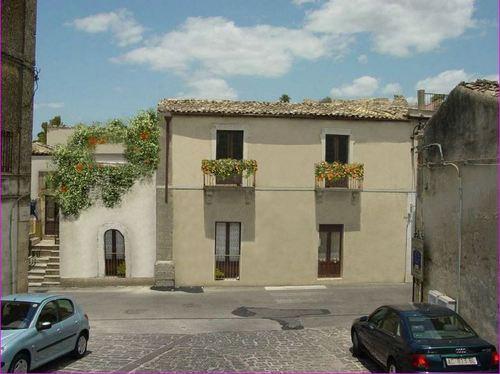 Appartamento in vendita a Palazzolo Acreide, 2 locali, prezzo € 53.000 | Cambio Casa.it