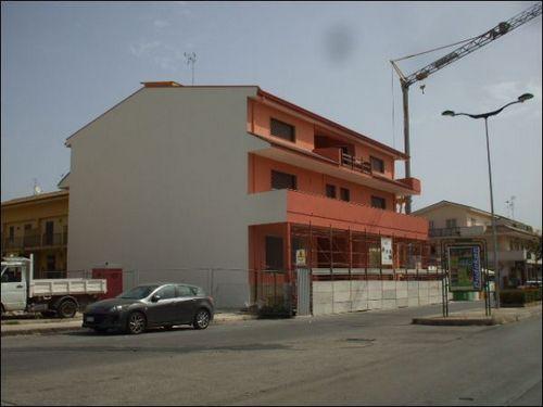 Ufficio / Studio in vendita a Floridia, 4 locali, prezzo € 150.000 | CambioCasa.it