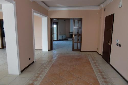 Attico / Mansarda in affitto a Siracusa, 7 locali, prezzo € 1.000 | Cambio Casa.it