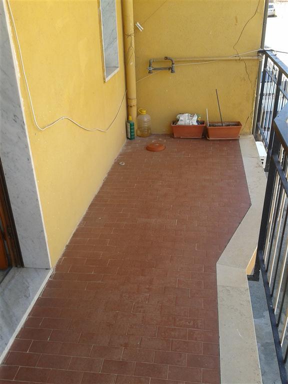 Appartamento in vendita a Catanzaro, 3 locali, prezzo € 78.000 | CambioCasa.it