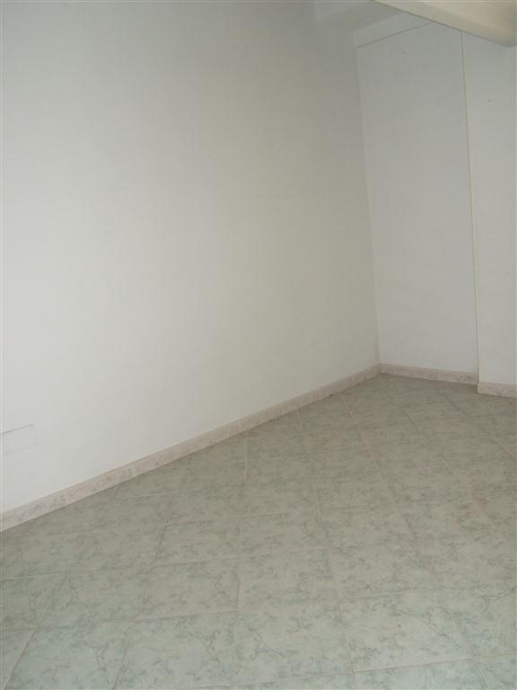 Appartamento in vendita a Catanzaro, 4 locali, prezzo € 117.000 | CambioCasa.it