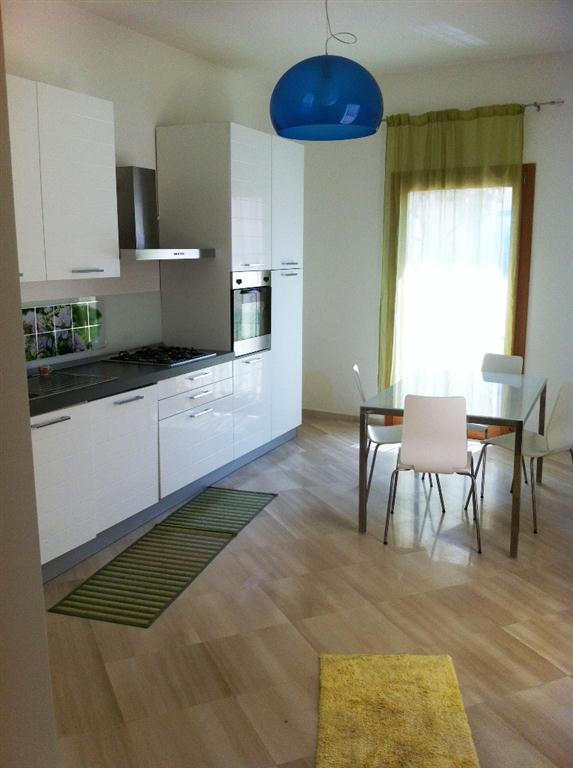 Appartamento in affitto a Alcamo, 3 locali, prezzo € 380 | CambioCasa.it