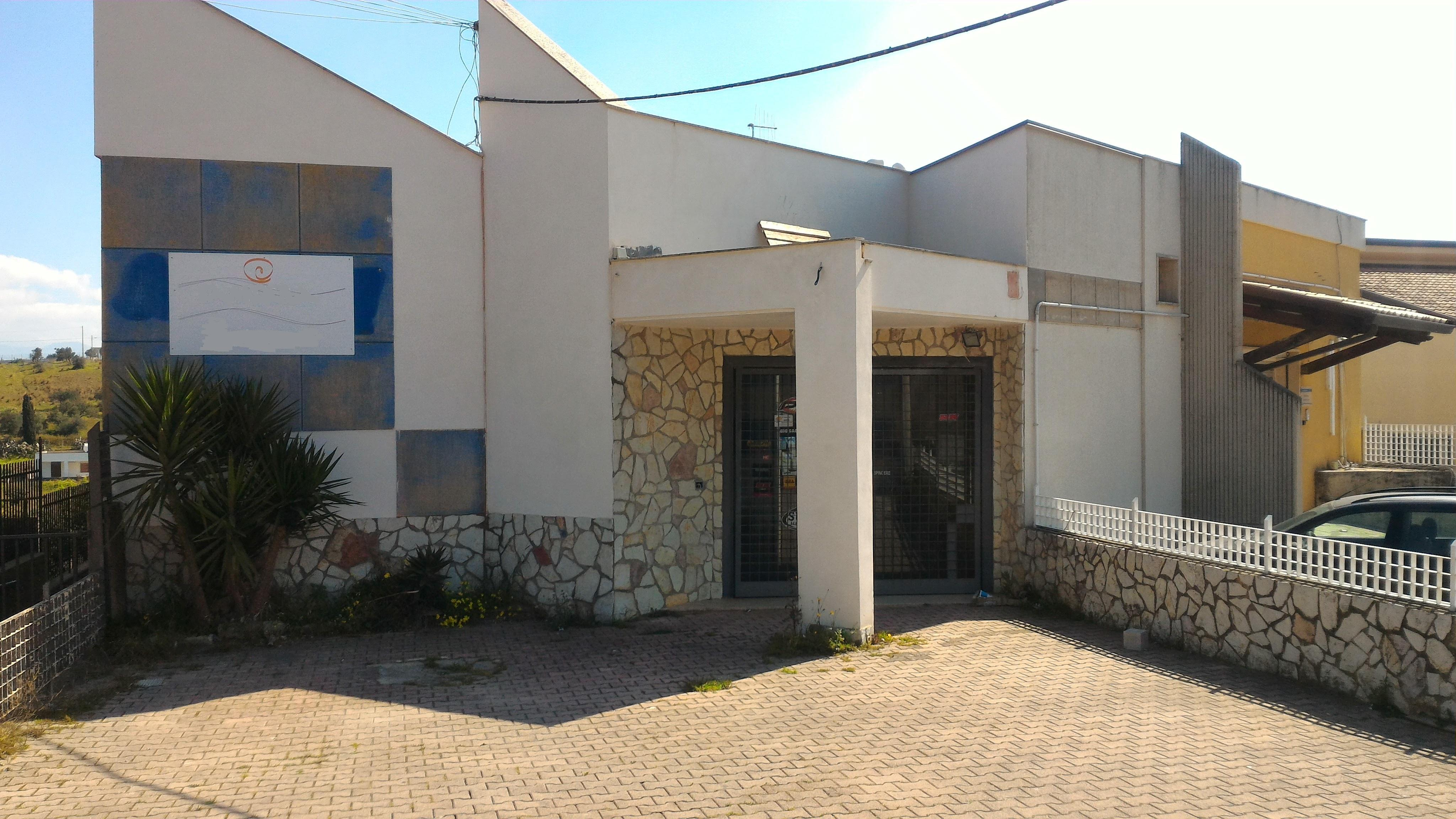 Attività / Licenza in affitto a Alcamo, 5 locali, prezzo € 1.083 | CambioCasa.it