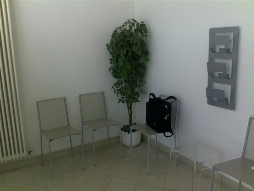 Attività / Licenza in affitto a Fornovo di Taro, 5 locali, prezzo € 800 | Cambio Casa.it