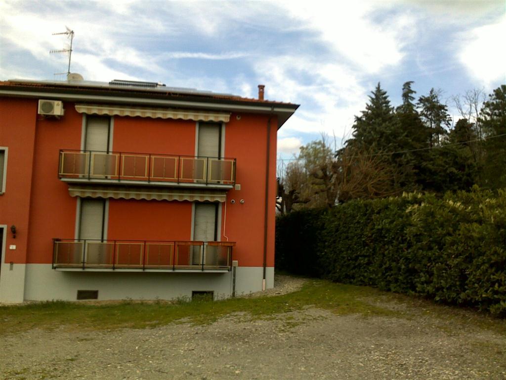 Appartamento in affitto a Fornovo di Taro, 4 locali, prezzo € 450 | Cambio Casa.it