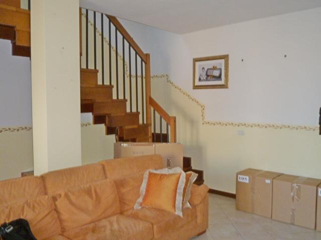 Appartamento in affitto a Rubiera, 5 locali, prezzo € 700 | CambioCasa.it