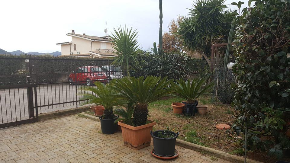 Appartamento in vendita a Fondi, 6 locali, prezzo € 260.000 | CambioCasa.it
