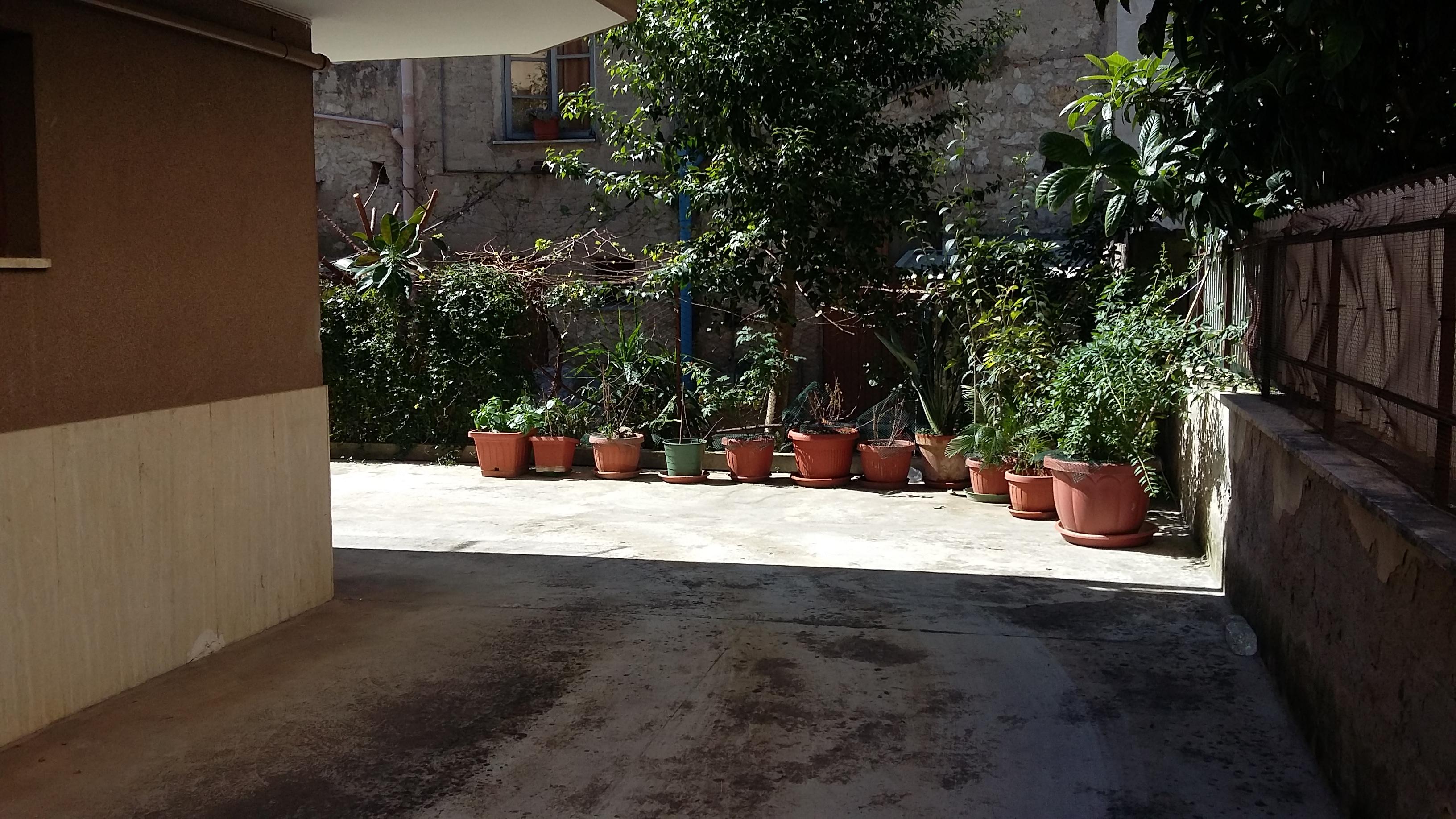 Appartamento in vendita a Fondi, 6 locali, prezzo € 160.000 | CambioCasa.it